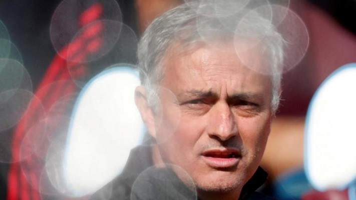 Mourinho wants to stay on at Man Utd