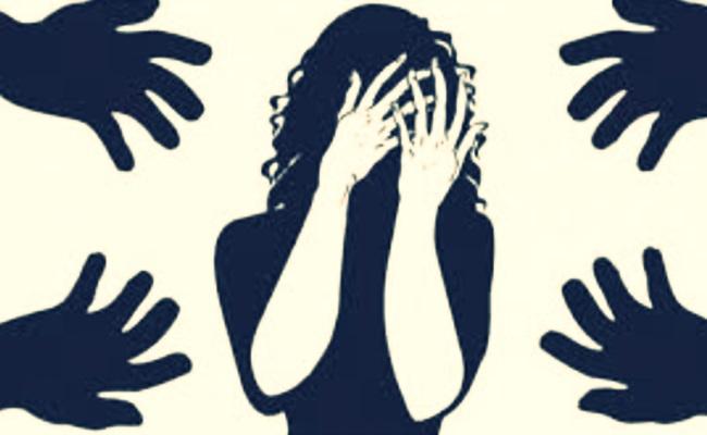ফরিদপুরে তরুণীর আপত্তিকর ভিডিও ইন্টারনেটে ছড়িয়ে দেবার অভিযোগে আটক ১
