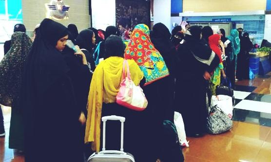 তিক্ত অভিজ্ঞতা নিয়ে সৌদি থেকে দেশে ফিরছেন আজ ৬৫ নারী শ্রমিক