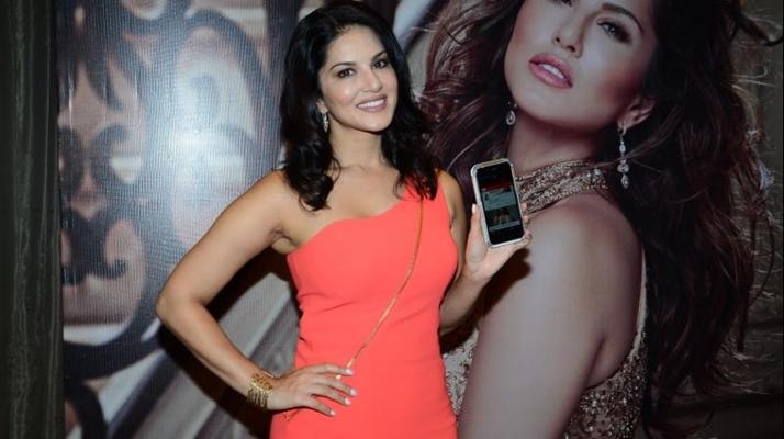 Sunny Leone calls 1500 men daily!